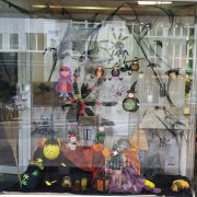 oktober-schaufenster-hobbymade-duesseldorf-2019-12